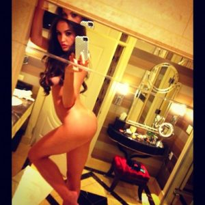 femme nue du 56 ultra sexy