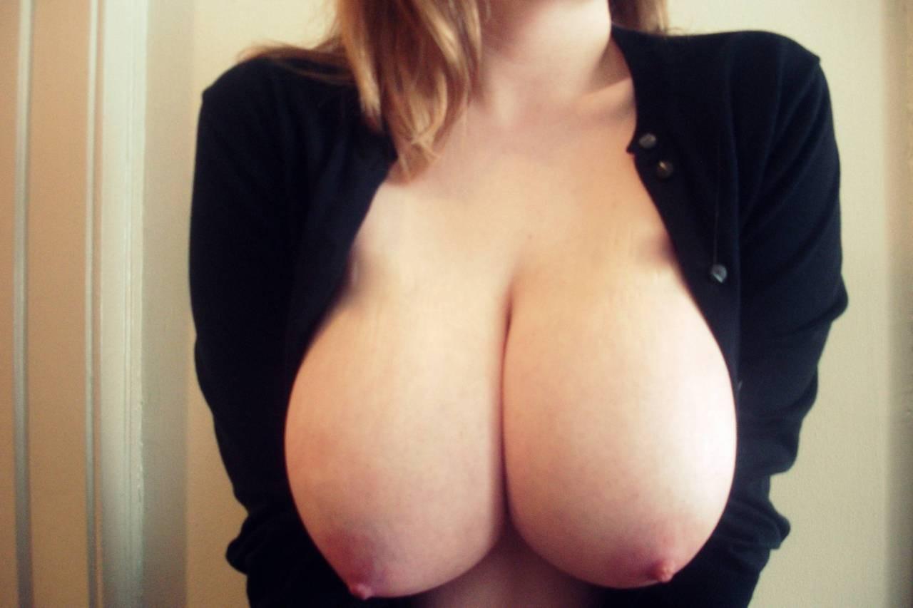 fille chaude ultra sexy nue dans le 36 pour plan cul