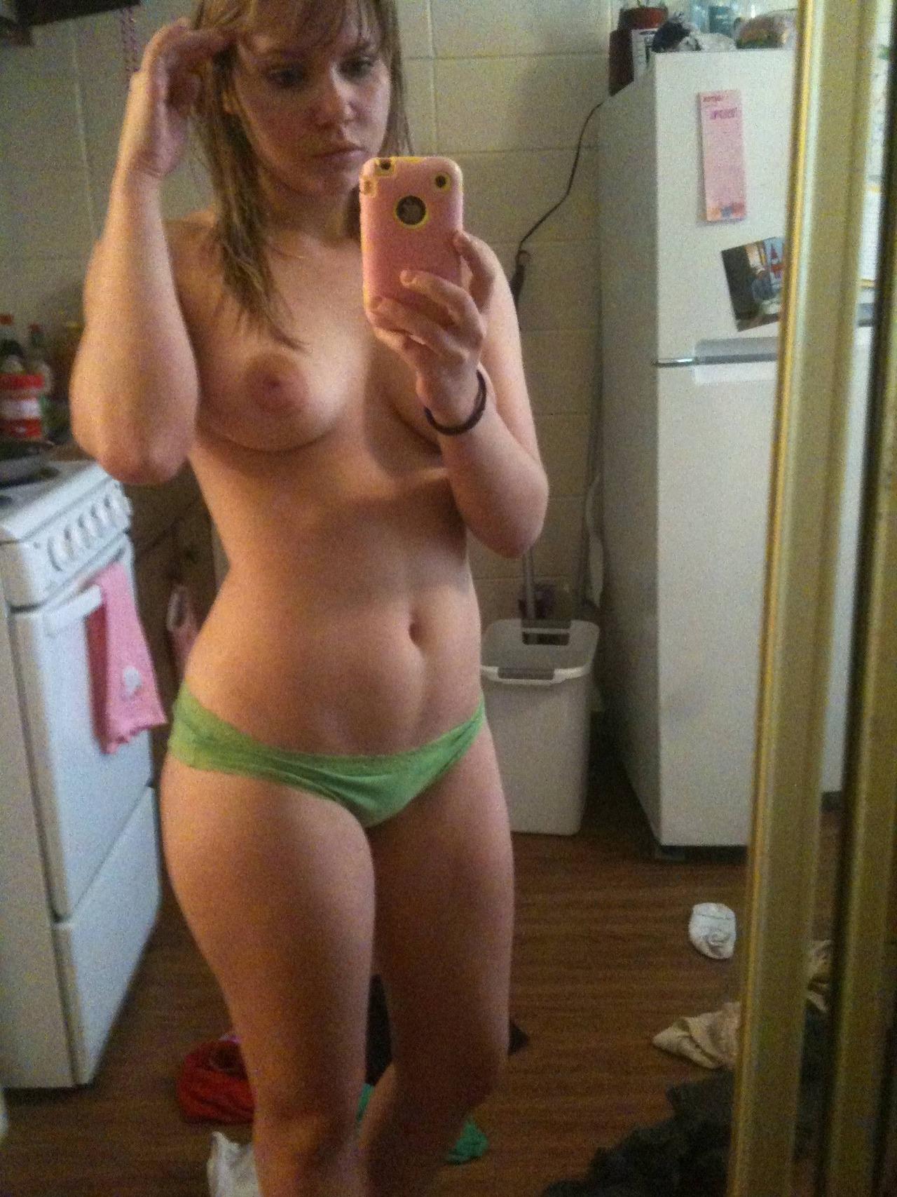 sexy hot fille du 74 en plan sexy